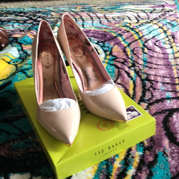 85ab6d9edb2 Ted Baker London Shoes | Ted Baker Kaawa 2 Pump Nude Leather | Poshmark